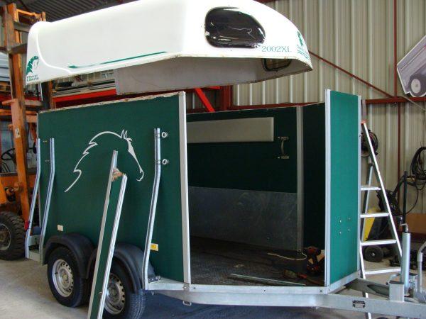 transports, vans chevaux, sellerie, matériel équestre, agroservice, maroc